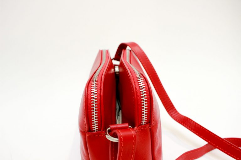"""Natūralios odos rankinė """"Amour"""", raudona"""