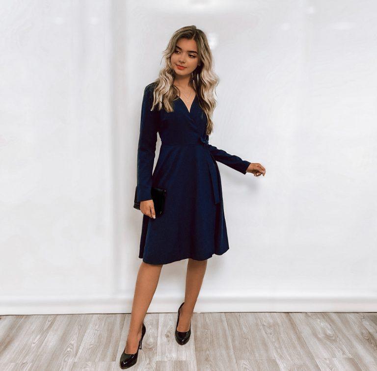 Susiaučiama suknelė, tamsiai mėlyna