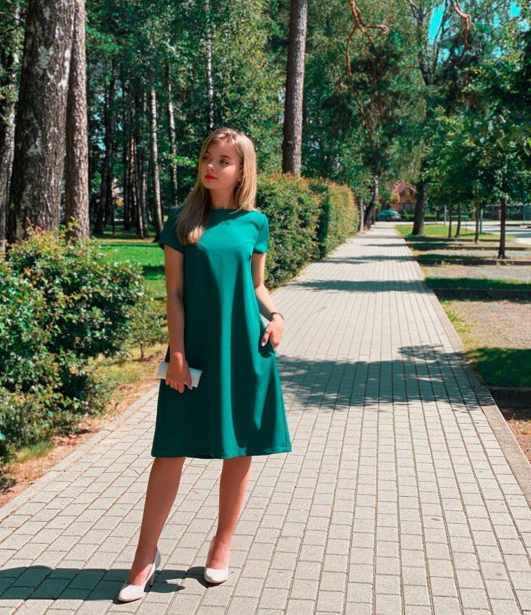 Žalia suknelė su kloste